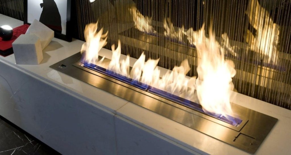 What Kind of Glass Should I Use for My Gas Fireplace?